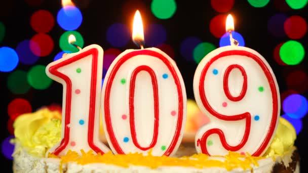 Szám 109 Boldog Születésnapot torta égő gyertyákkal Topper.