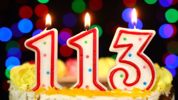 Száma 113 Boldog Születésnapot torta égő gyertyákkal Topper.
