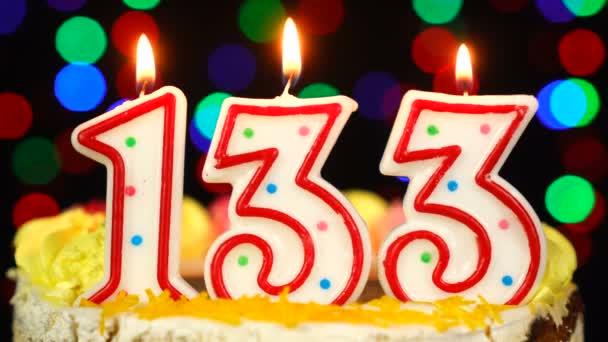 Szám 133 Boldog születésnapot torta égő gyertyákkal Topper.