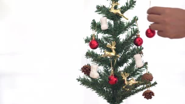 Karácsonyfa másolási hellyel, hely a szövegnek. Karácsonyi hangulat. Boldog Karácsonyt koncepció