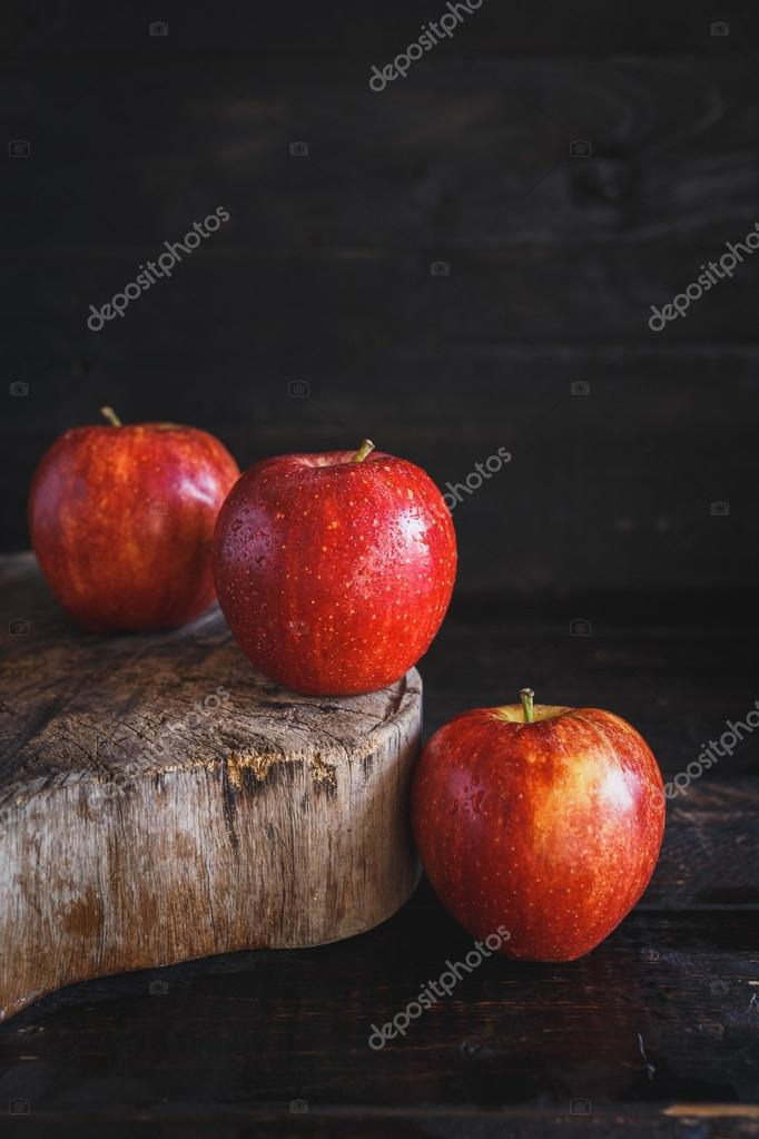 Fresh,Red Apples