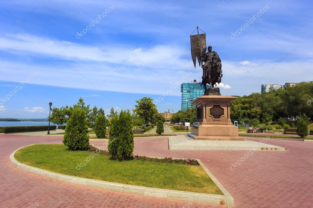 изготовление фото на памятник у исаакиевского