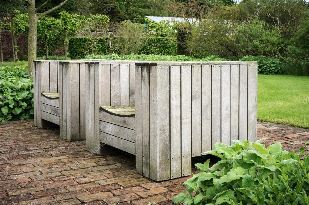 Jardín de madera asiento-Inglaterra-Reino Unido — Foto de stock ...