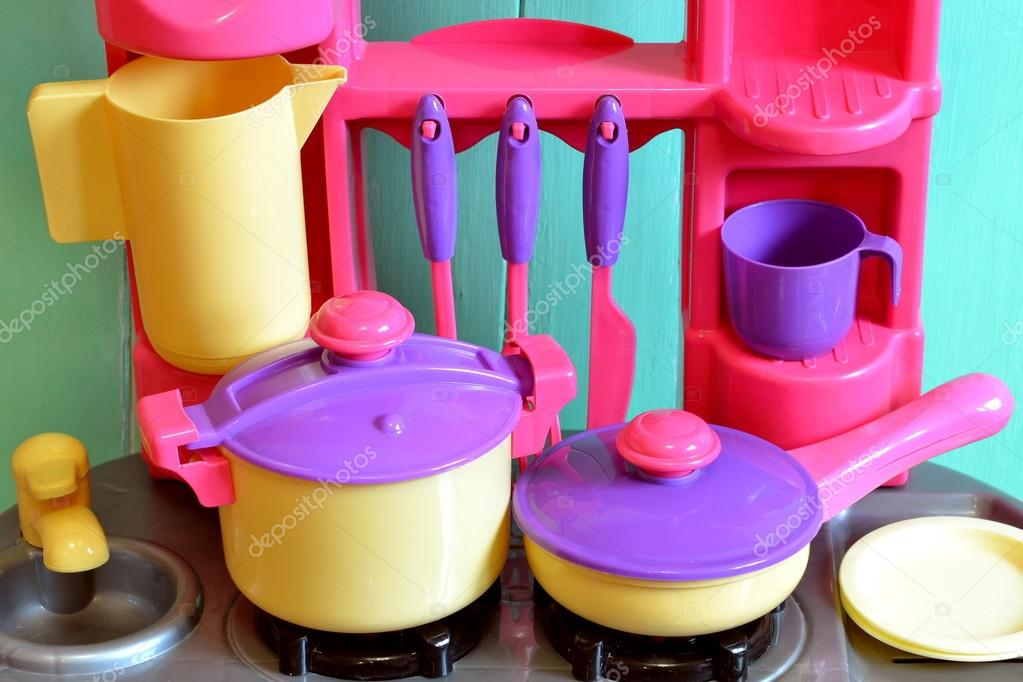 Set of kids dishes. Children\'s toys. Children\'s kitchen game ...