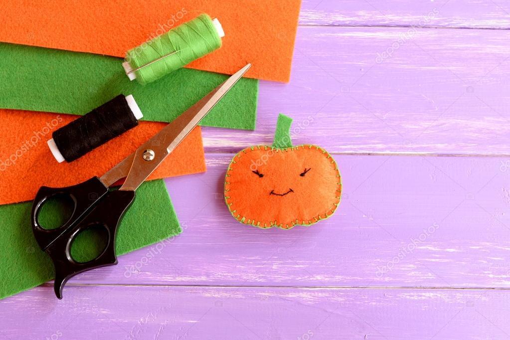 Halloween Basteln Holz.Cute Filz Kürbis Dekor Fäden Schere Nadel Fühlte Sich Blätter