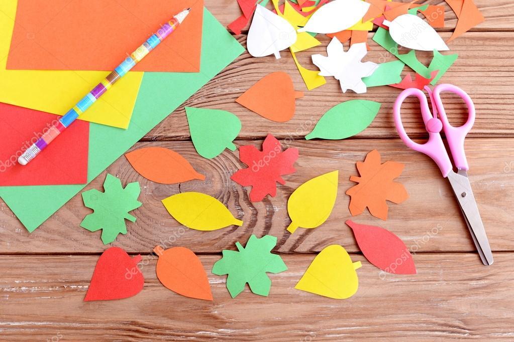 Herbst Bunte Blätter Aus Papier Bleistift Schere Farbige