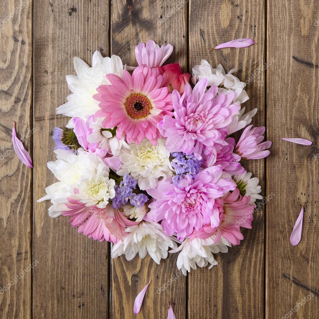 Pink And White Flower Arrangement Stock Photo Bstarsmore 112450798