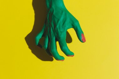 hand of dead zombie