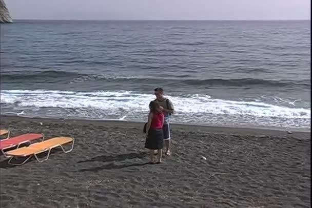 Pláž ve městě Perissa