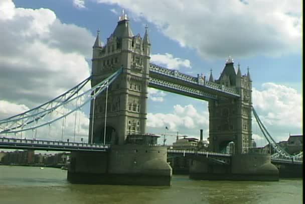 věž most v Londýně