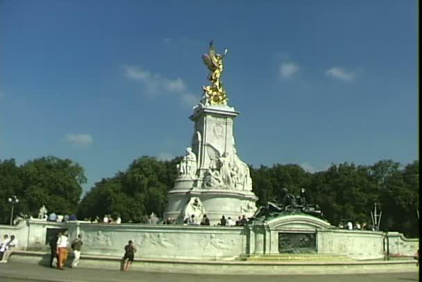 Victoria pomník v Londýně