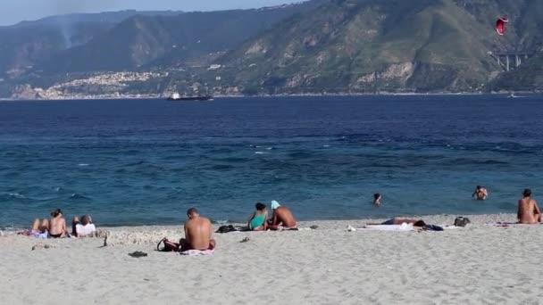 Messina - Panoramica della spiaggia di Capo Peloro