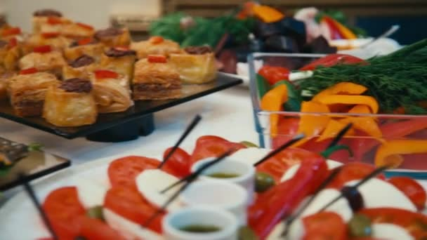 jídlo bufetového stolu banket