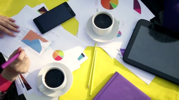 Profesionální podnikatelé mají přestávku na kávu