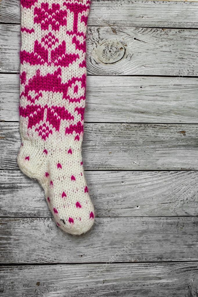 första kurs lägsta rabatt utlopp Varm Stickad jul strumpor med vacker mönster — Stockfotografi ...