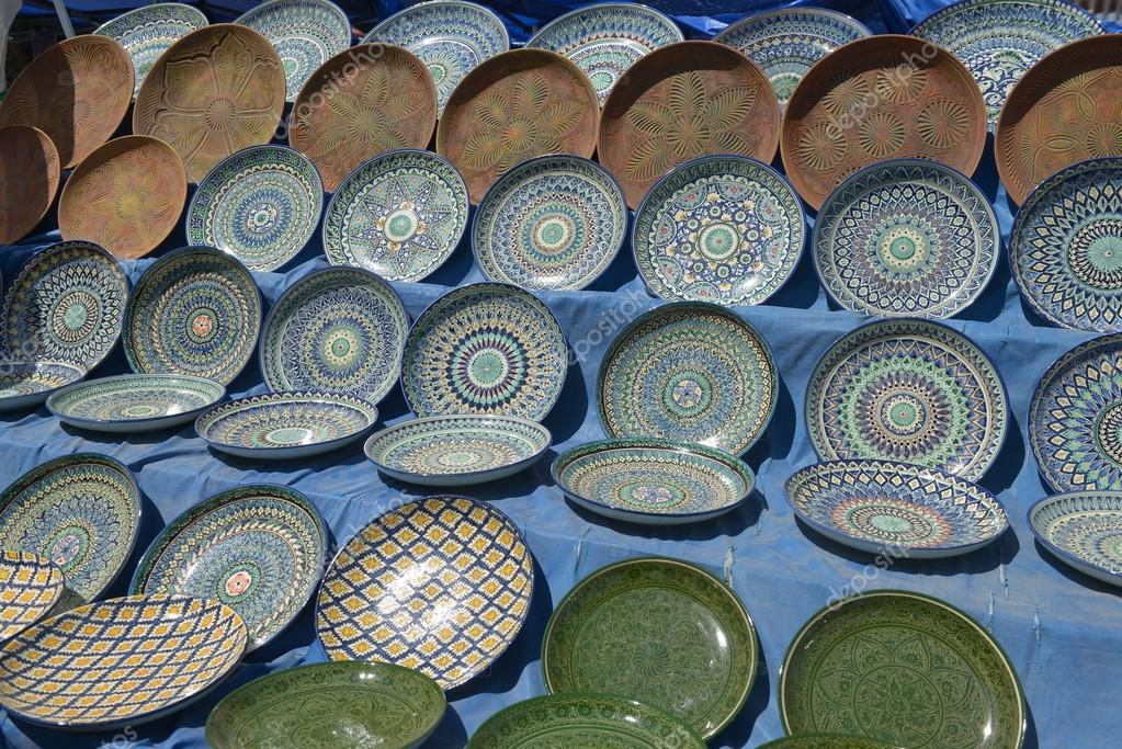 Oriental tableware and Uzbek Souvenirs are sold at the Central Bazaar in Tashkent. \u2014 Stock & Oriental tableware and Uzbek Souvenirs are sold at the Central ...