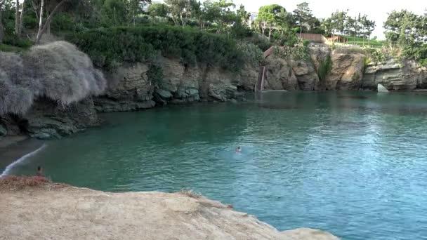 plavání v kouzelné moře Kréta Agia Pelagia
