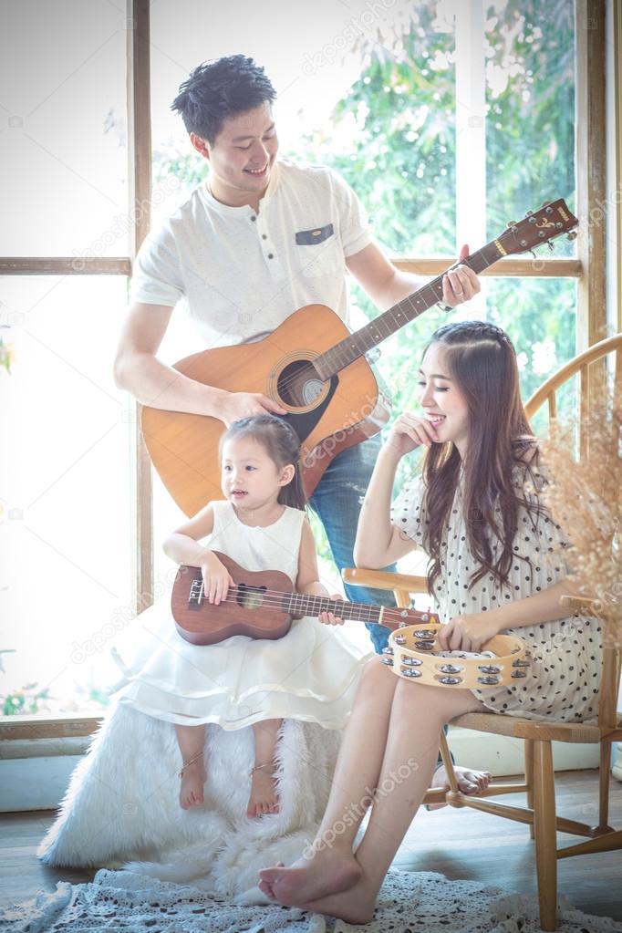 Randki ukulele harmonii