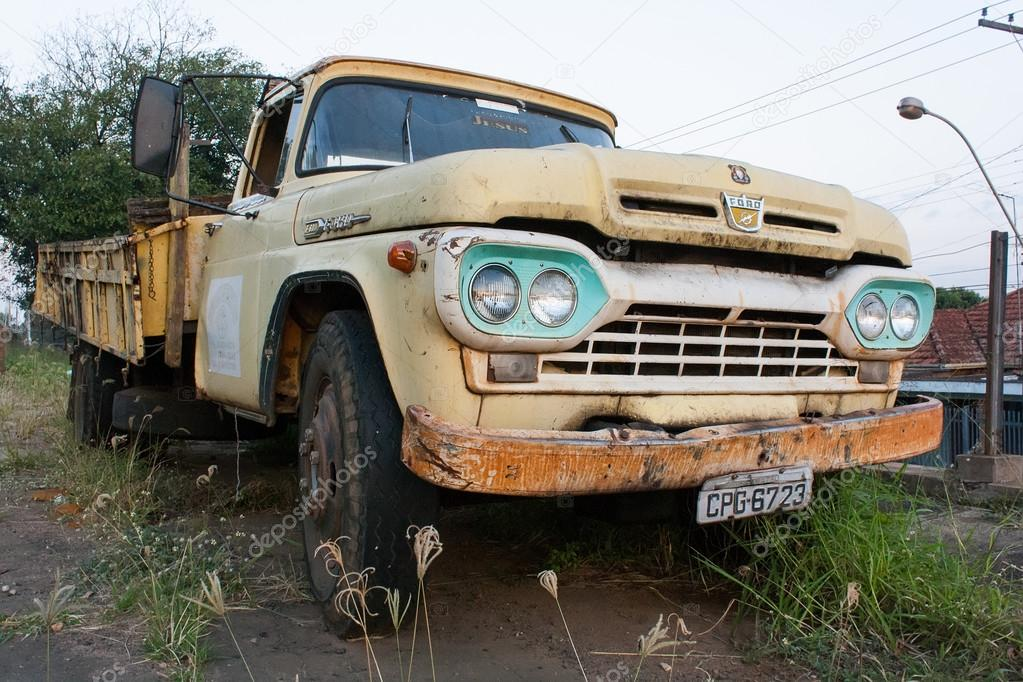 Old yellow ford pick-up truck – Stock Editorial Photo © lgusfrossi ...