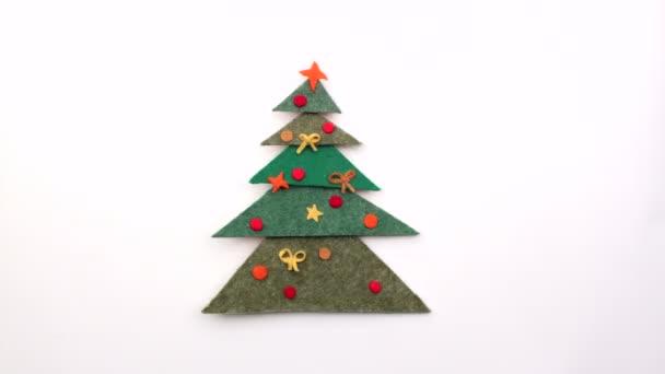 Vánoční stromeček s dárky animace