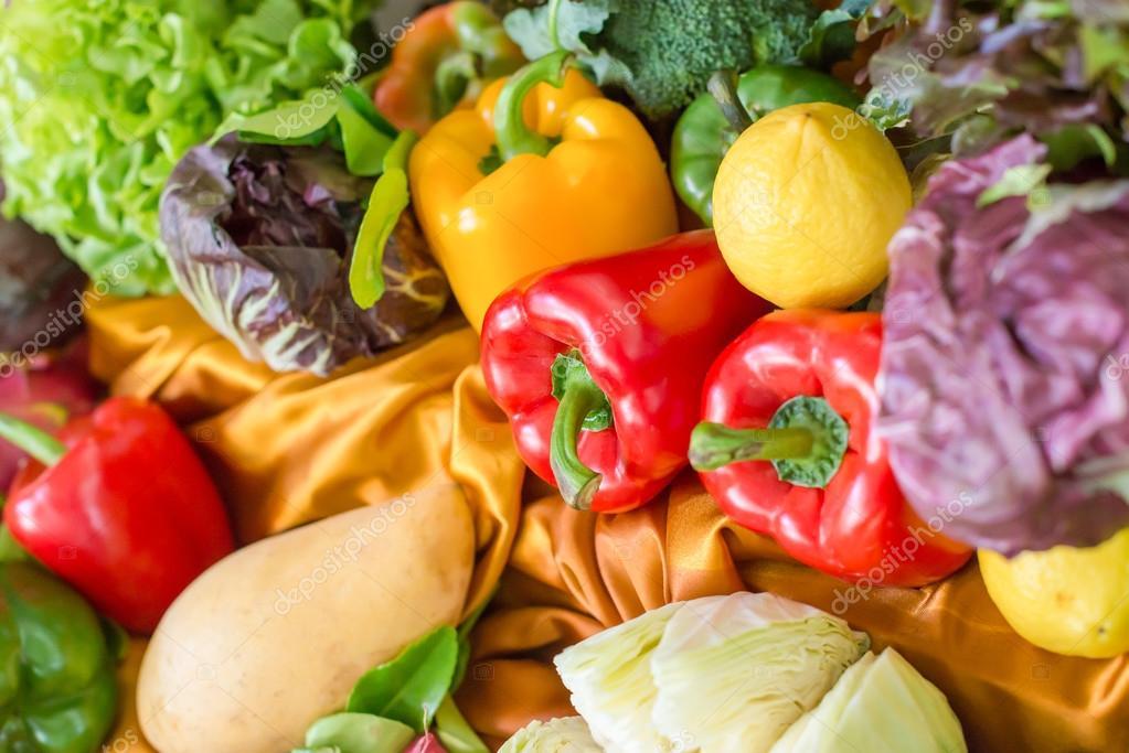 Obst Und Gemuse Dekoration Stockfoto C Hkt83000 122115268