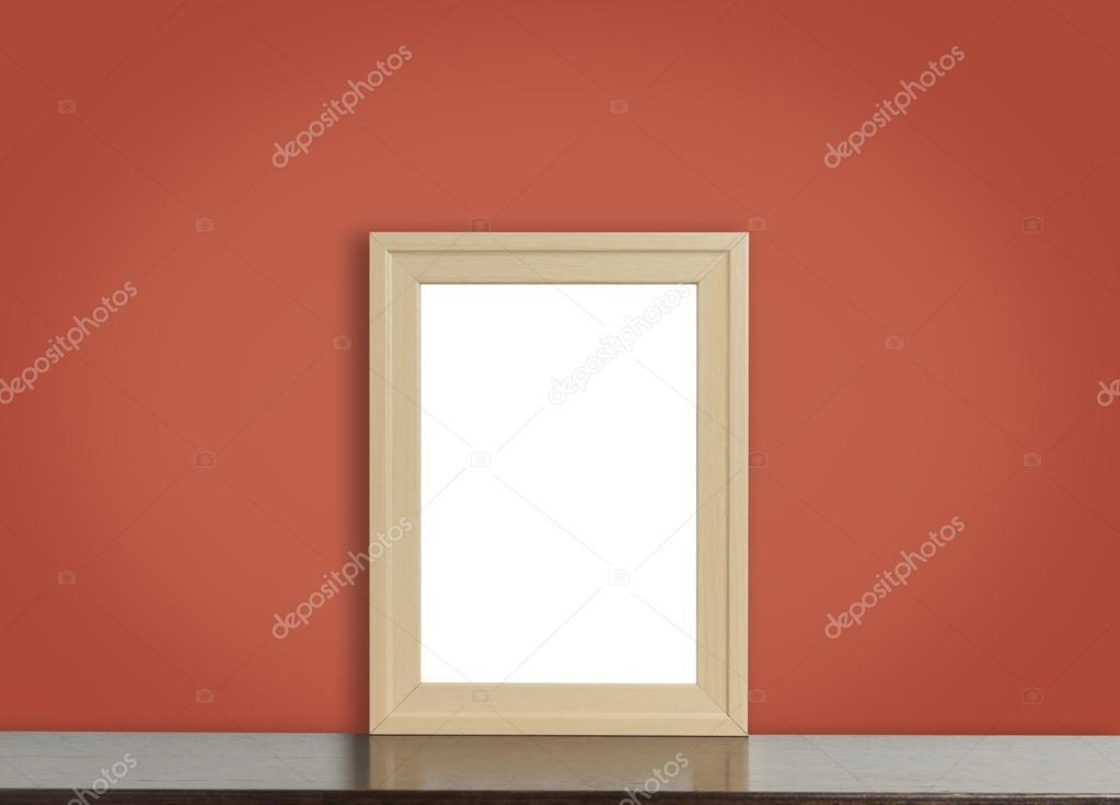 Leer aus Holz Bilderrahmen auf rustikalen roten Hintergrund ...