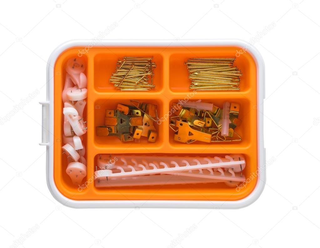 DIY-Nägel Haken und Bilderrahmen Ausrüstungen in orange box ...
