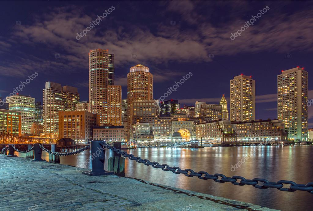 Populares vista da cidade de Boston, Massachusetts, EUA — Stock Photo  ZO12