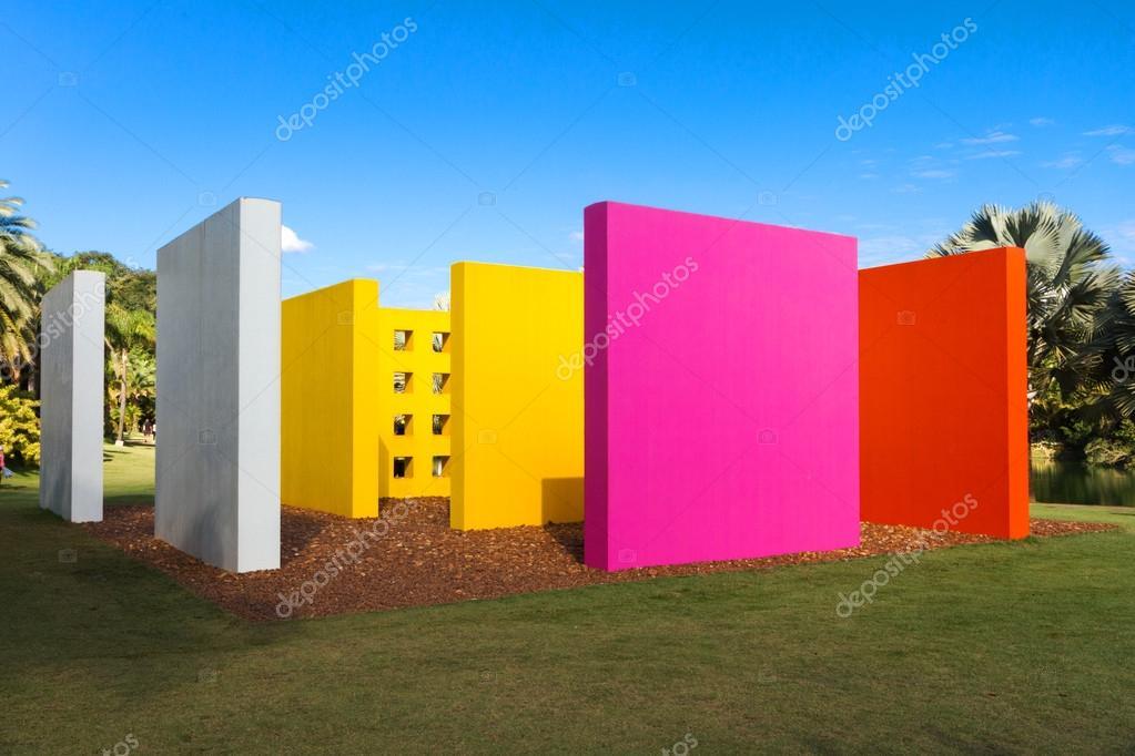 Fabuloso Invenção da arte da cor penetrável Magic Square de Hélio Oiticica  OC97