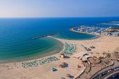 Draufsicht auf die Strandpromenade von tel Aviv