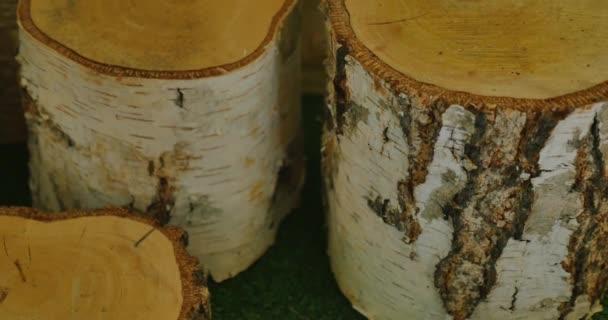 hromadu Březové dřevo