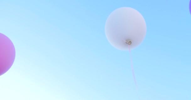 Barevné bubliny s balónky modré skymulticolored