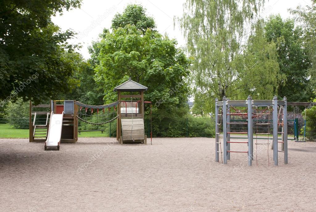 Klettergerüst Schaukel : Playmobil spielplatz klettergerÜst schaukel und kinder eur