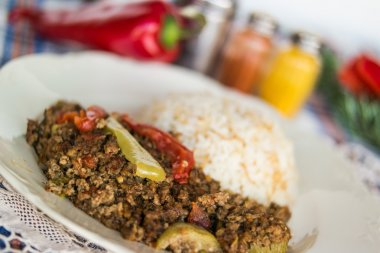 Minced meat zucchini with rice.