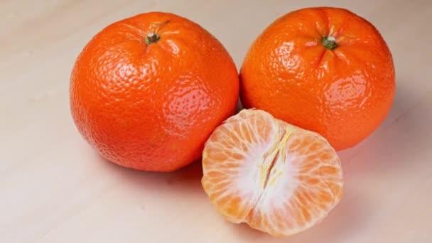 zralé mandarinky točení zblízka pomalé mo