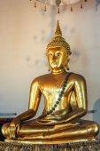 Nádherná socha Buddhy ve Wat Pho chrám Bangkok Thajsko