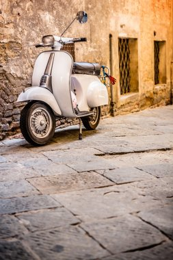 Italian Scooter in Grungy Alley