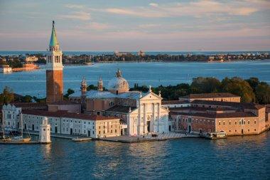 popular tourist destination, Venice