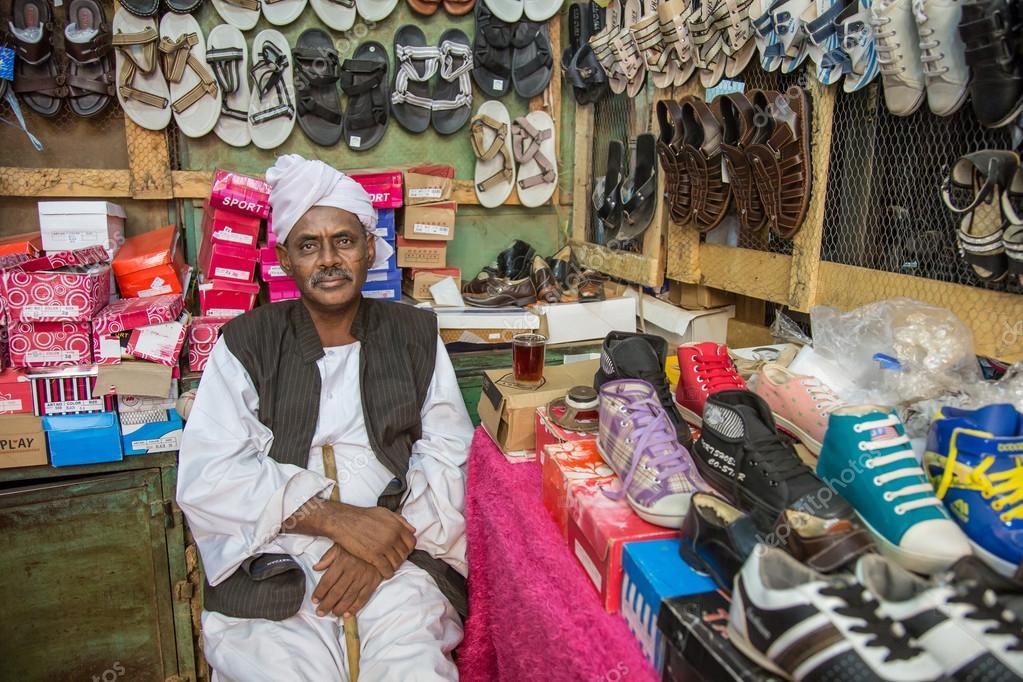 Картинки про продавцов обуви