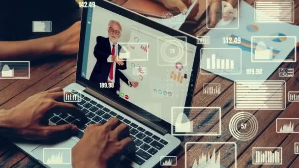Kreativní vizuální pohled podnikatelů na firemním setkání zaměstnanců na videohovoru