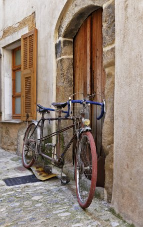 Bicycle on the old street in France