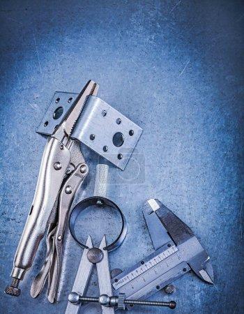 Metal lock jaw, pliers