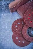Polishing sanding discs and abrasive wheels