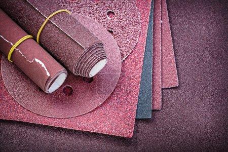 Assortment of abrasive materials