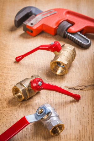 Plumbing fixtures and monkey wrench