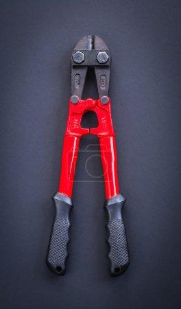 red steel cutter