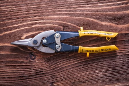 Single metal cutting pliers