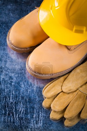 Safety boots, gloves and working helmet