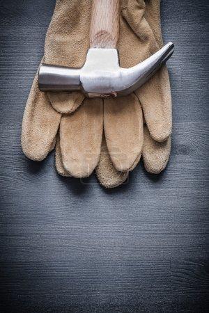 claw hammer on glove