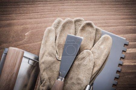 Paintscraper working gloves putty knife